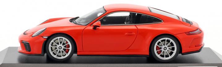 Neuer Porsche 911 GT3 Touring Package von Spark