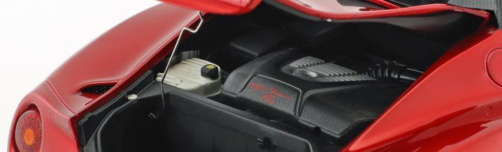 Autoart liefert neue Alfa Romeo 4C in 1:18 aus