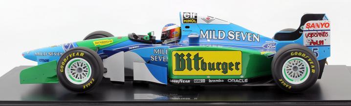 Neue Größe: Der Benetton B194 von Michael Schumacher