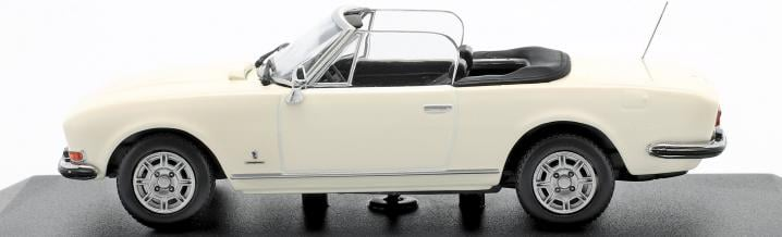 Beautiful French: The Peugeot 504 cabriolet