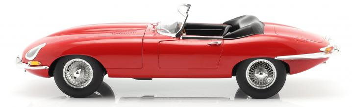 Feat of Norev: 36 centimetres Jaguar E-Type 1962 Roadster