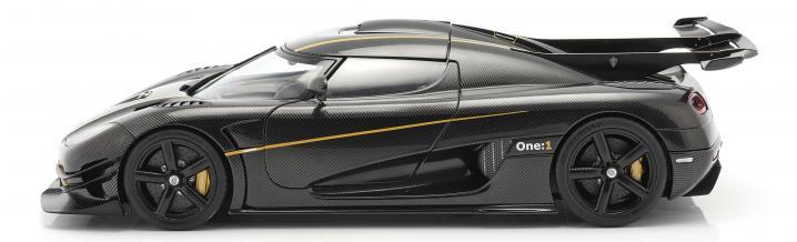 Autoart: Sports car Koenigsegg One:1 2014 in scale 1:18