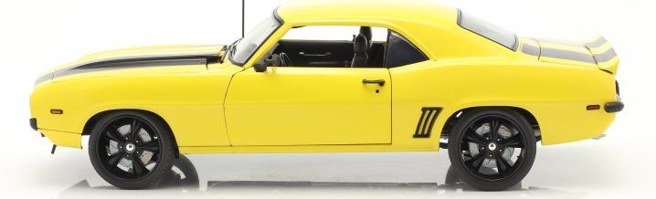 Der Chevrolet Camaro Z/28 Yellow Jacket 1969 in 1:18