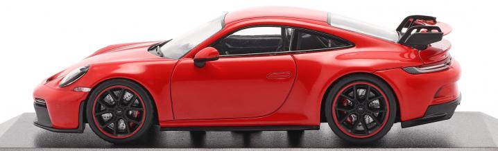 Three times 911: The new Porsche 992 GT3 from Minichamps