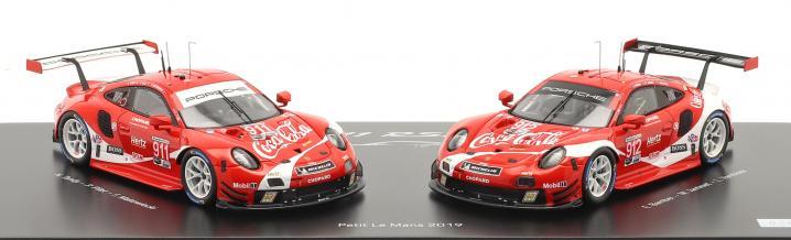 Ein hochwertiges Set für Sammler. Produkt-Launch des limitierten Porsche RSR im auffälligen Coca-Cola-Design von Spark