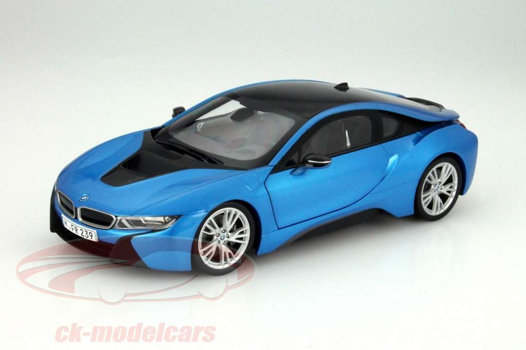 Bmw I8 1 18 The Future Of Mobility For The Showcase
