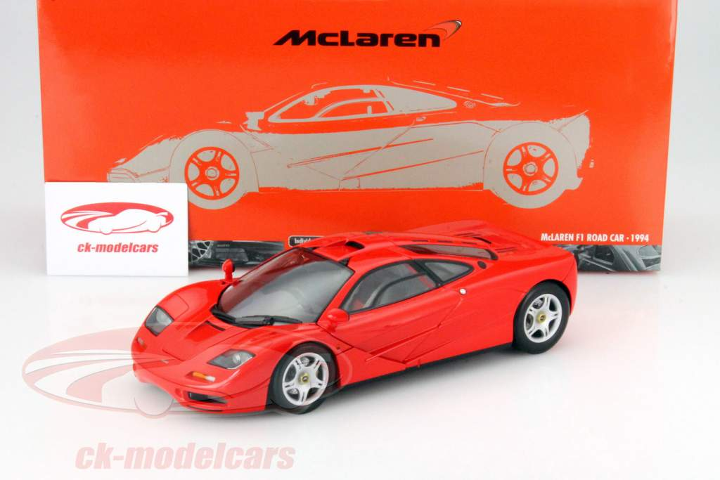 McLaren F1 Road Car year 1993 red 1:18 Minichamps