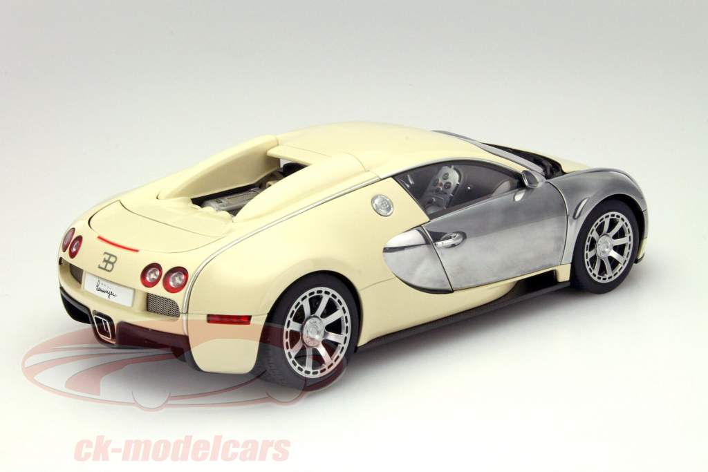 ck modelcars 70959 bugatti veyron eb 16 4 year 2009. Black Bedroom Furniture Sets. Home Design Ideas
