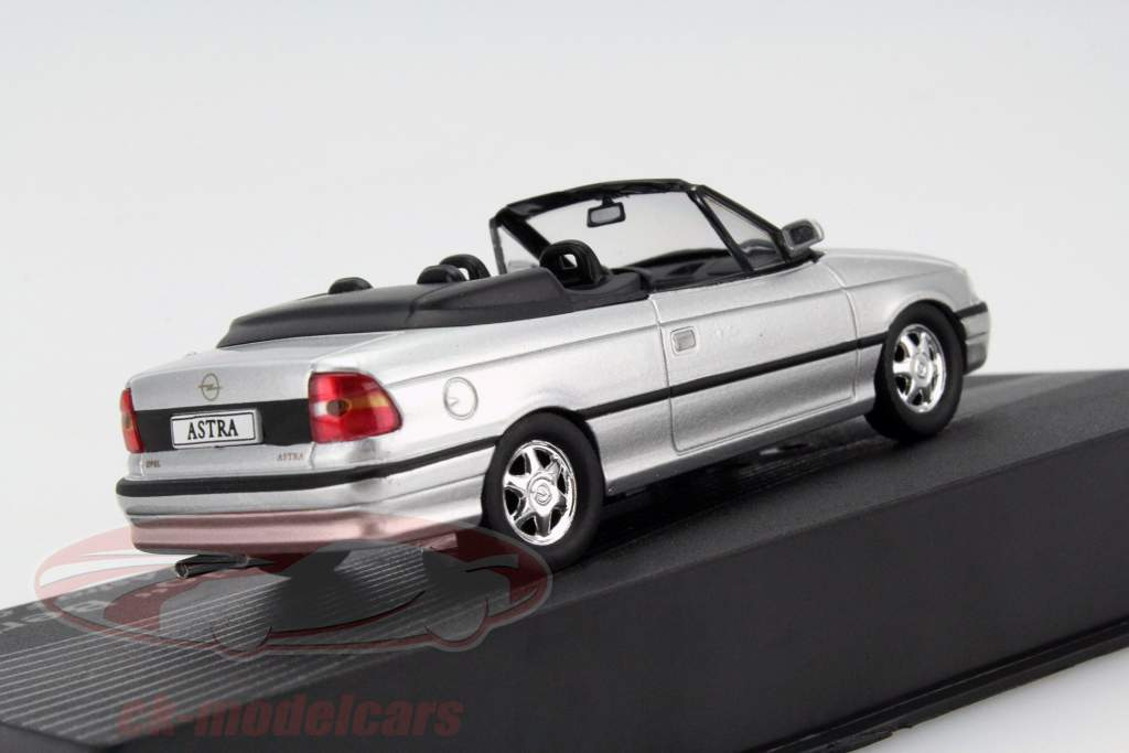 ck modelcars opel astra f cabriolet giuseppe bertone silver 1 43 altaya. Black Bedroom Furniture Sets. Home Design Ideas