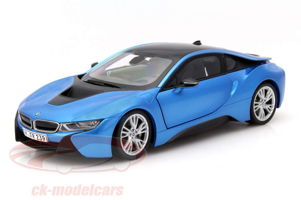 BMW i8 (i12) Year 2014 blue metallic 1:18 ParagonModels