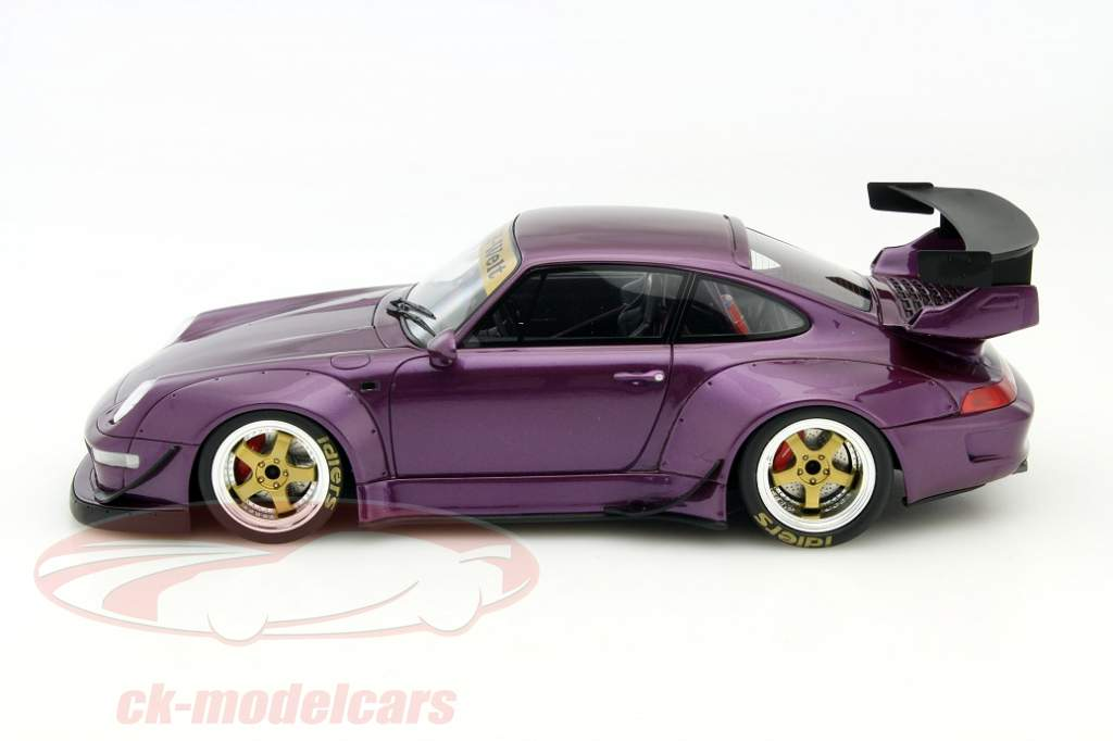 Day of German Unity with the Porsche 911 RWB