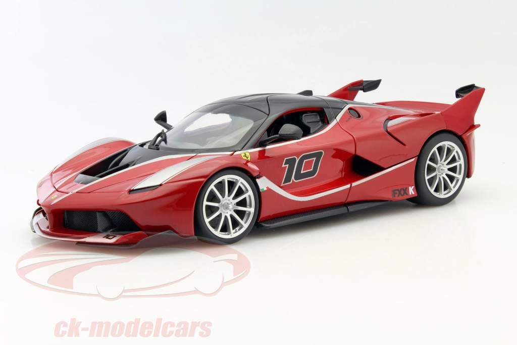 Ferrari FXX-K #10 red / black 1:18 Bburago