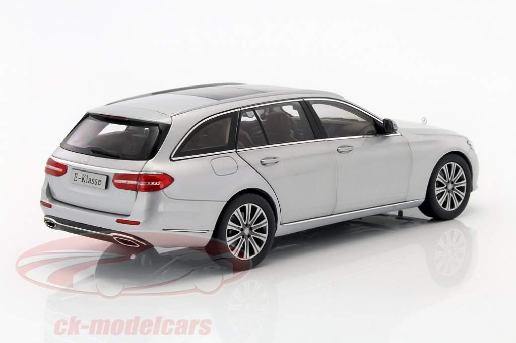 Modellauto Mercedes E Klasse T Modell