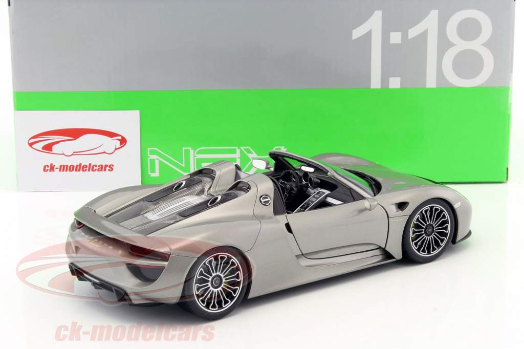 ck modelcars 18051cgy porsche 918 spyder cabriolet gray metallic 1 18 welly ean 4891761180515. Black Bedroom Furniture Sets. Home Design Ideas
