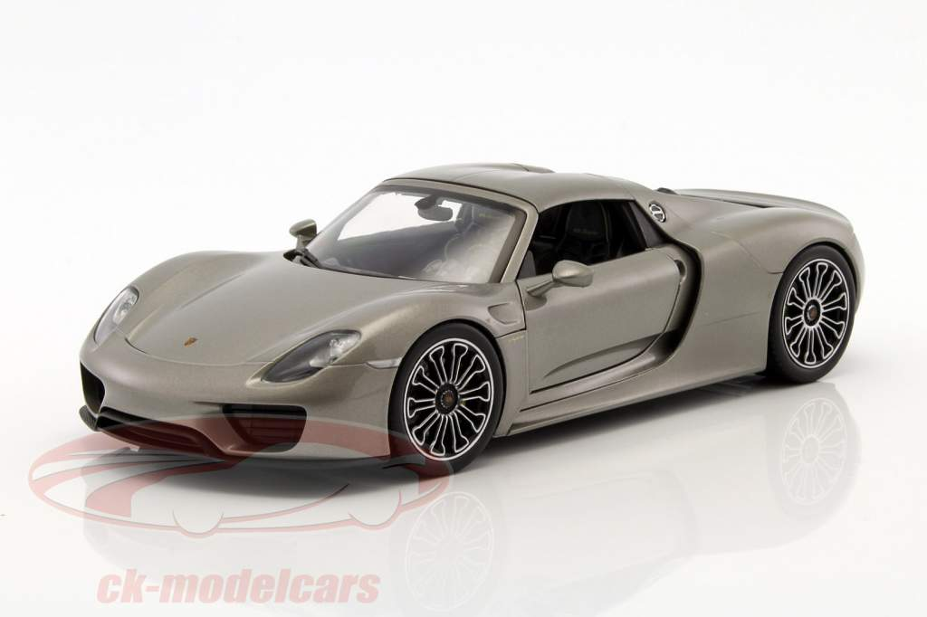 ck modelcars 18051hgy porsche 918 spyder hard top gray metallic 1 18 welly ean 4891761180515. Black Bedroom Furniture Sets. Home Design Ideas