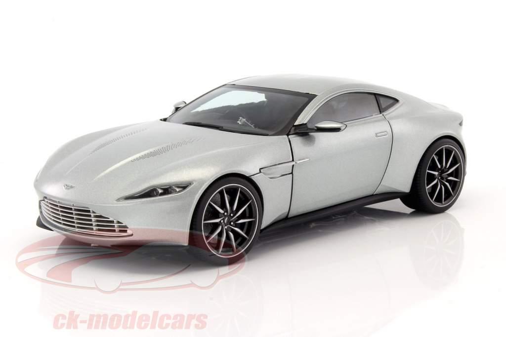 ck modelcars cmc94 aston martin db10 james bond spectre 2015 silver 1 18 hotwheels elite ean. Black Bedroom Furniture Sets. Home Design Ideas