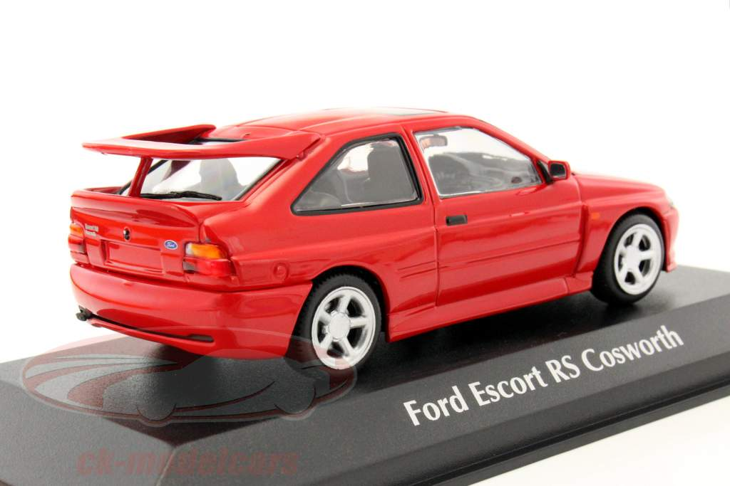 ck modelcars 940082100 ford escort cosworth year 1992 red 1 43 minichamps ean 4012138136533. Black Bedroom Furniture Sets. Home Design Ideas