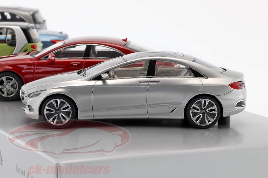 Mercedes-Benz Dossier de presse 2010 1:43 Schuco / Minichamps / Norev / Spark