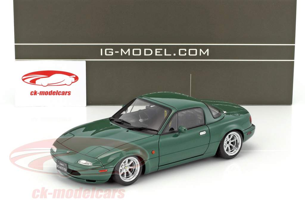 Eunos Roadster (NA) verde 1:18 Ignition Model