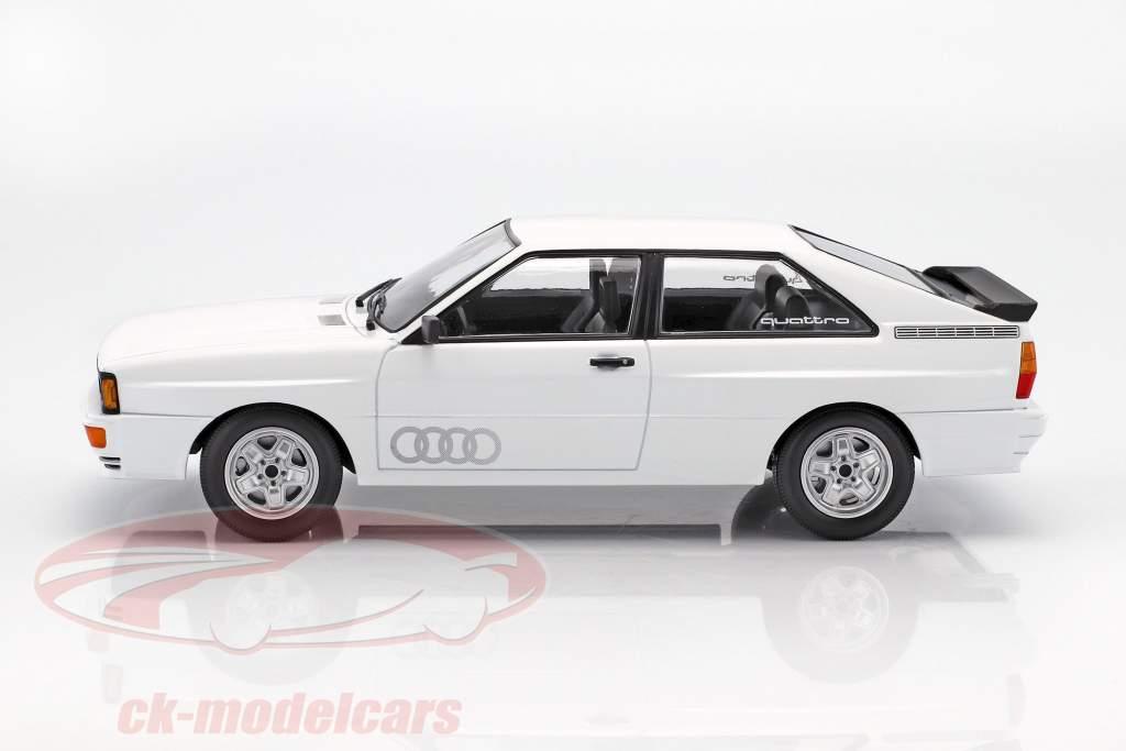 Audi Quattro année 1980 blanc 1:18 Minichamps