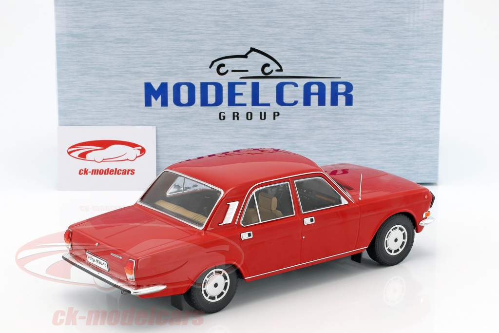 Wolga M24-10 rouge 1:18 Model Car Group