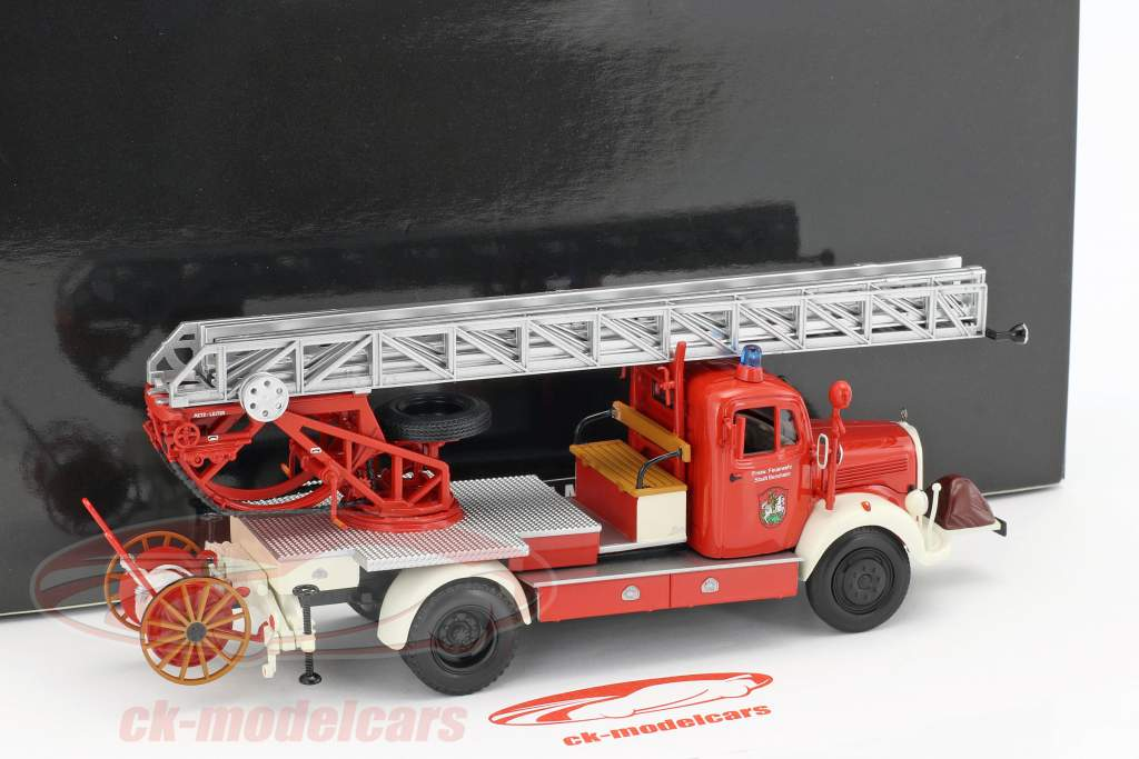 Mercedes-Benz L3500 fire Department Bensheim year 1950 red / white 1:43 Minichamps