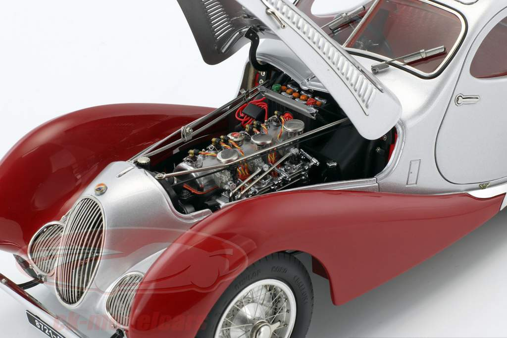 Talbot Lago Coupe Typ 150 C-SS Teardrop RHD anno 1937-1939 rosso / argento 1:18 CMC