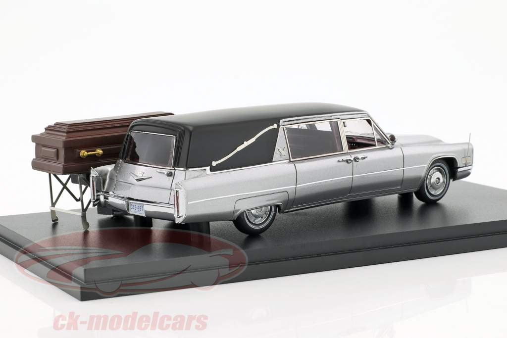Cadillac Landau corbillard argent / noir 1:43 Neo