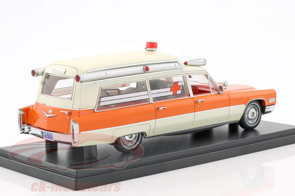 Cadillac High Top Ambulance orange / white 1:43 Neo