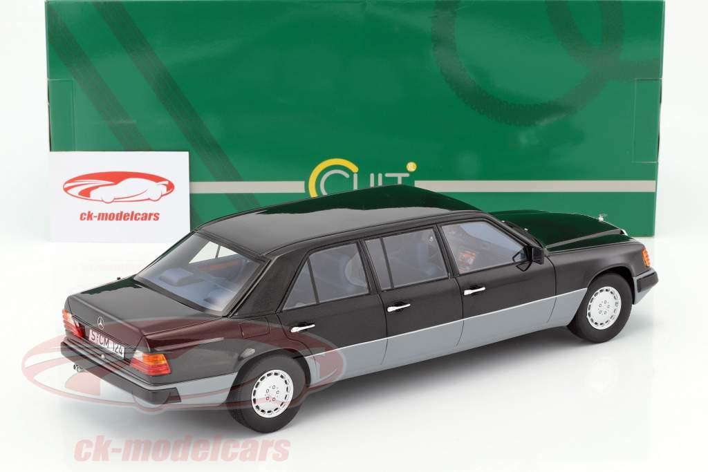 Mercedes-Benz E-Klasse W124 long year 1990 black / gray 1:18 Cult Scale