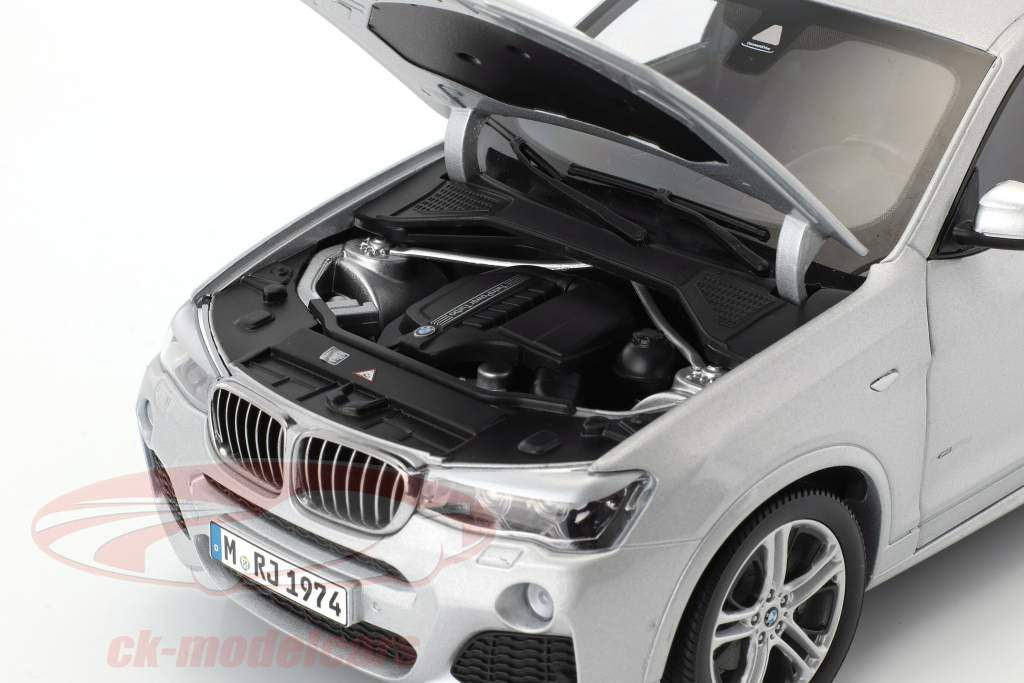 BMW X4 XDRIVE (F26) anno di costruzione 2014 argento 1:18 Paragon Models