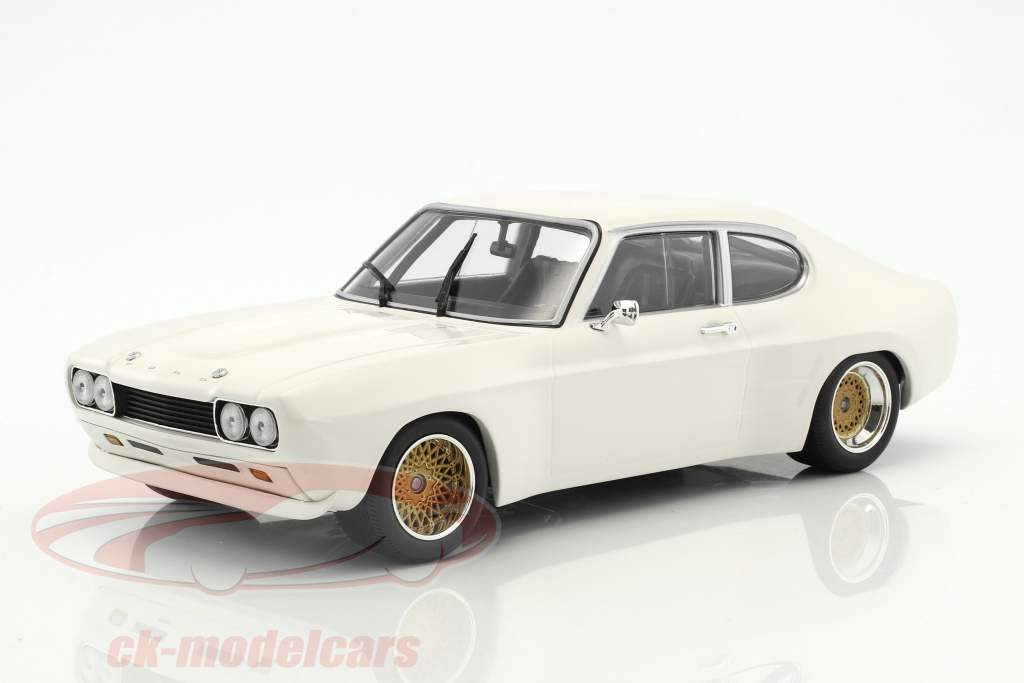 Ford Capri RS 2600 year 1970 white 1:18 Minichamps