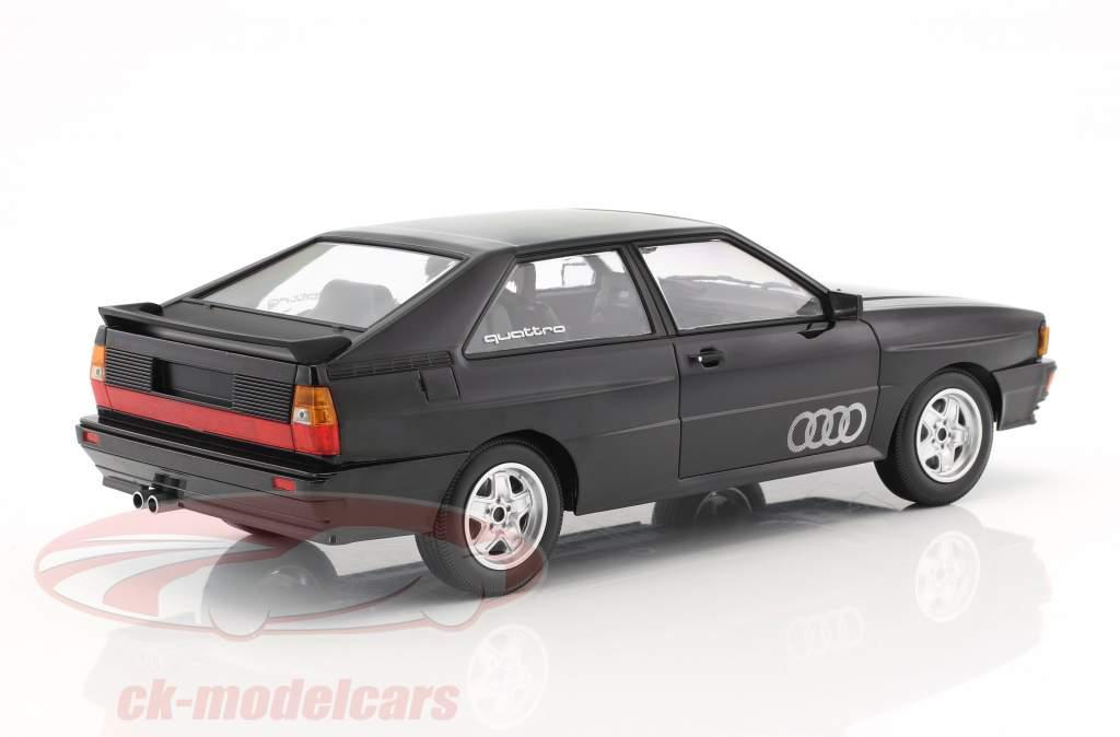 Audi Quattro anno di costruzione 1980 nero metallico 1:18 Minichamps