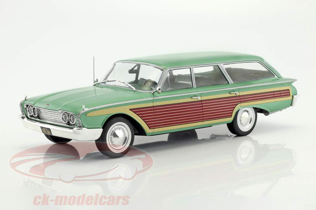 Ford Country Squire con effetto legno verde metallico 1:18 Model Car Group