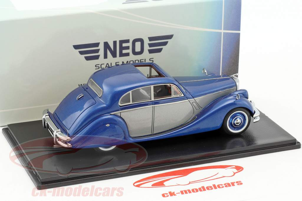 Jaguar MK V year 1950 blue metallic / silver 1:43 Neo