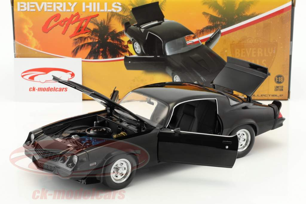 Chevrolet Camaro Z28 year 1978 from the Movie Beverly Hills Cop II (1987) black 1:18 Greenlight