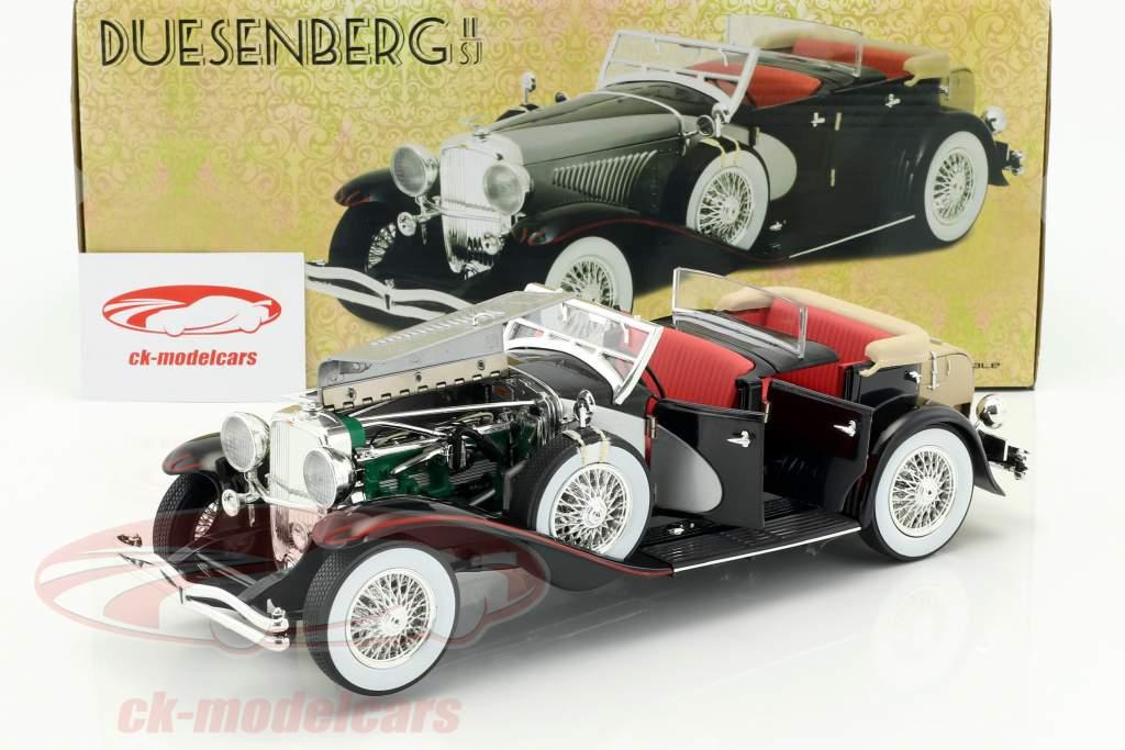Duesenberg II SJ year 1934 silver / black 1:18 Greenlight