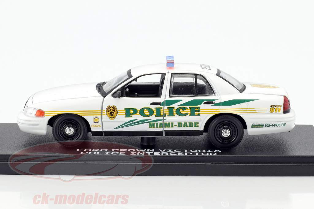 Ford Crown Victoria Police Interceptor année de construction 2003 TV-Serie CSI: Miami blanc 1:43 Greenlight