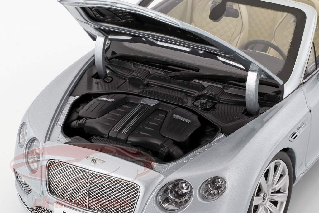 Bentley Continental GT Convertible LHD Baujahr 2016 silber 1:18 Paragon Models
