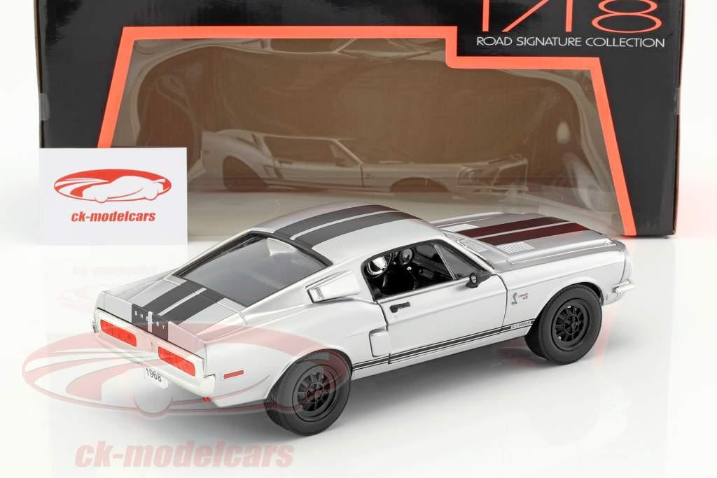 Shelby GT-500KR year 1968 mat chrome 1:18 Lucky DieCast