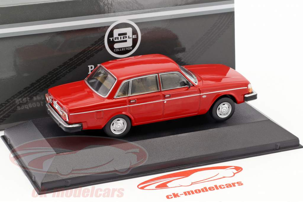 Volvo 244 Construction year 1978 red 1:43 Triple9
