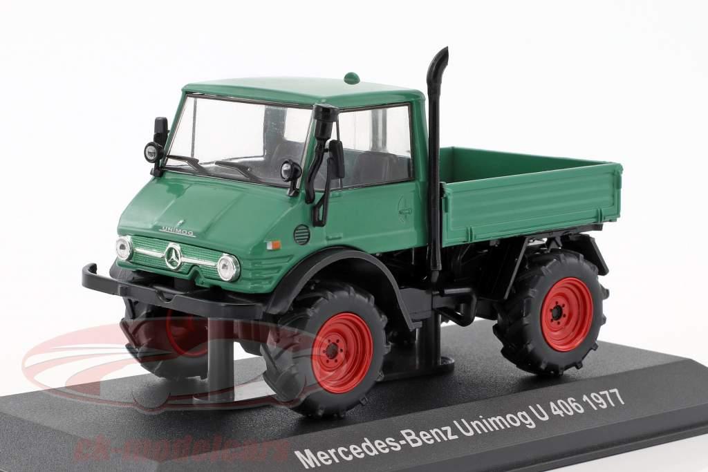 Mercedes-Benz Unimog U 406 année de construction 1977 vert 1:43 Hachette