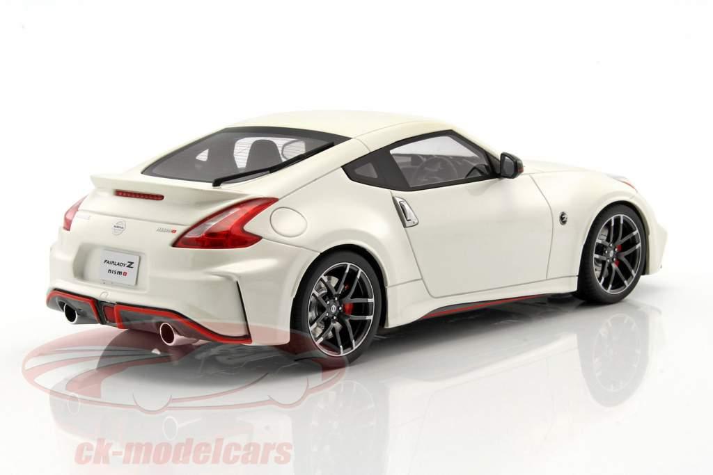 Nissan Fairlady Z Nismo Z34 white 1:18 GT-SPIRIT
