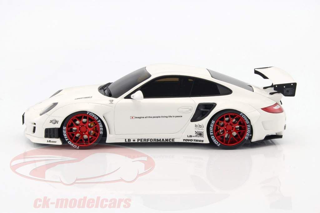 Porsche 911 (997) LB Performance year 2010 white 1:18 GT-SPIRIT