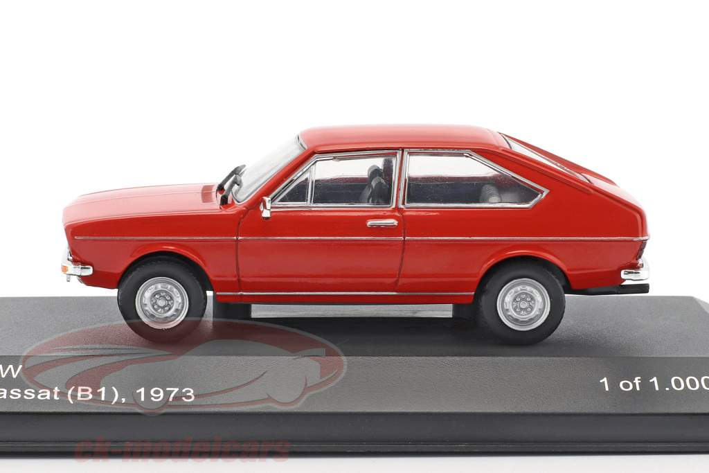 Volkswagen VW Passat B1 year 1973 red 1:43 WhiteBox