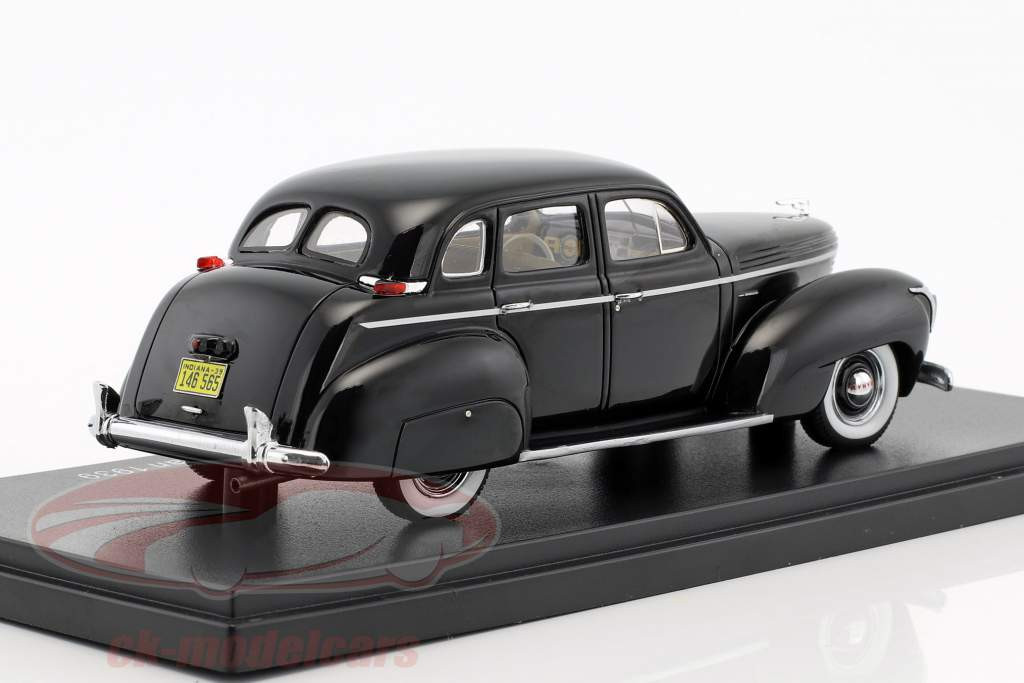 Graham 97 Supercharger 4-Door Sedan année de construction 1939 noir 1:43 Neo