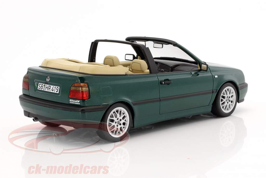 Volkswagen VW Golf 3 Cabriolet year 1995 green metallic 1:18 Norev