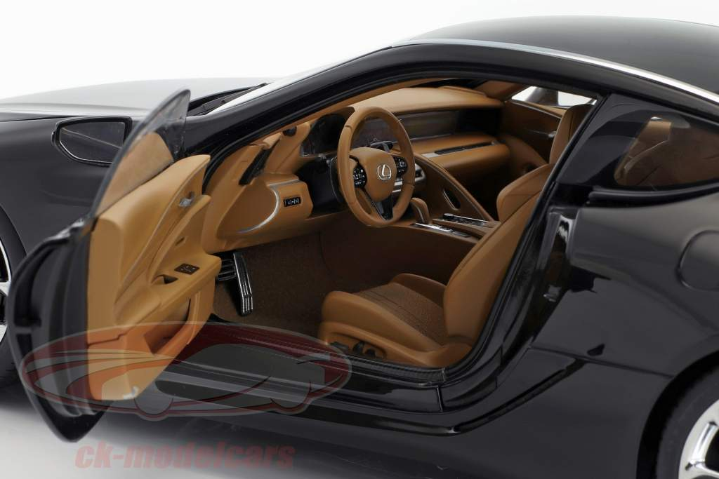 Lexus LC500 black 1:18 AUTOart