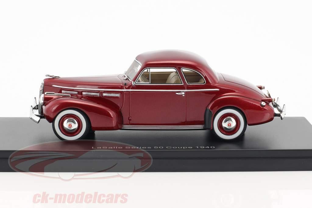 LaSalle série 50 coupé année de construction 1940 pourpre métallique 1:43 Neo