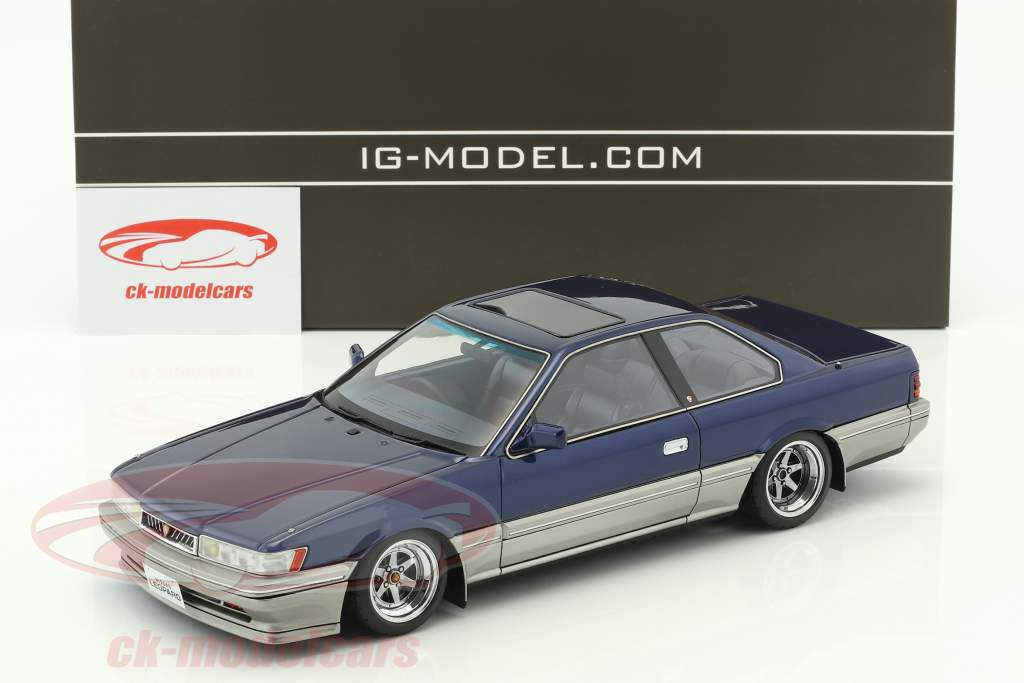 Nissan Leopard 3.0 Ultima (F31) blue 1:18 Ignition Model